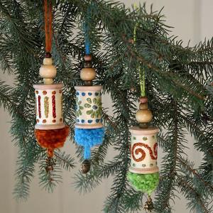 Spools of Yuletide DIY Ornaments   AllFreeChristmasCrafts.com