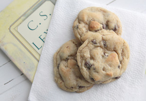 Perfect (Never Flat) Chocolate Chip Cookies