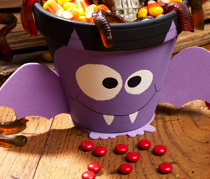 Batty Halloween Treats Pot