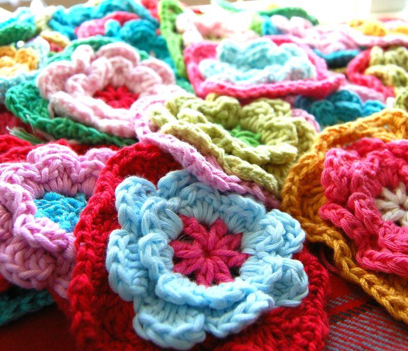 How To Crochet 14 Flower Crochet Granny Squares Ebook