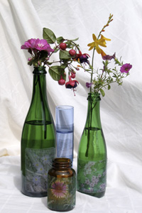 27 Ways to Craft With Old Wine Bottles