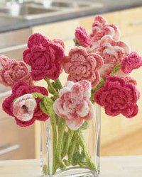 Free Crochet Patterns: Strawberry Pink Rose Bouquet