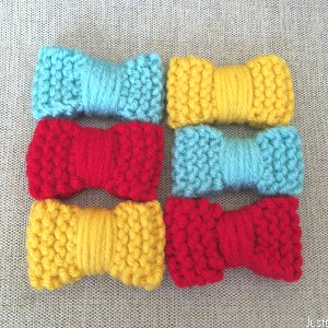 Garter Stitch Mini Bows