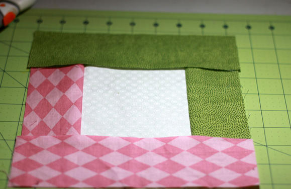 Pretty Pastels Log Cabin Quilt Block